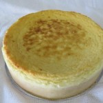 SIZE 25 CM BAKED CHEESE Creamy and rich baked cheese cake.